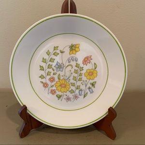 Five Vintage Corelle Meadow Salad Plates